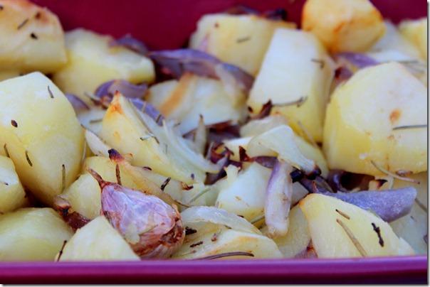 pommes de terre roti pour accompagner un plat
