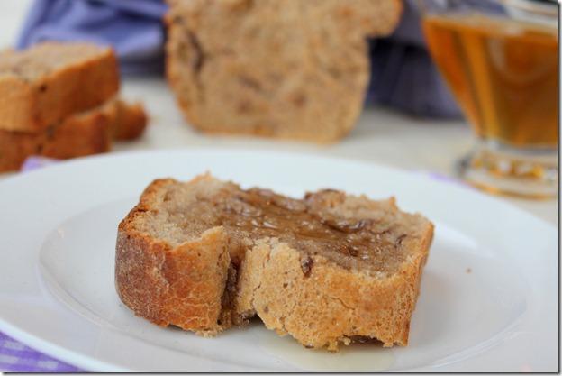 pain de compagne au noix et au miel