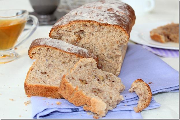 pain complet aux noix et au miel
