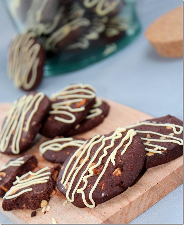 Biscuits au chocolat et aux noisettes