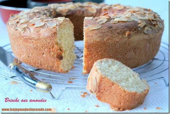 brioche-aux-amandes-extra-moelleuse_thumb
