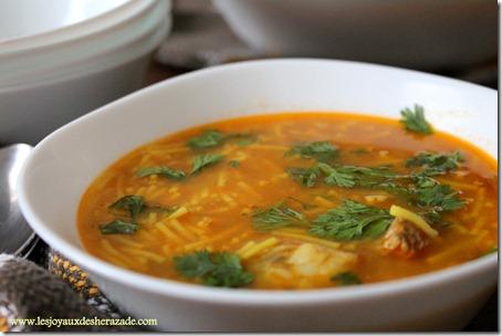 chorba-algerienne-cuisine-algerienne_thumb