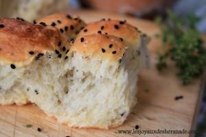 khoubz-el-koucha-pain-algerien-moelleux-pain-la-farine_