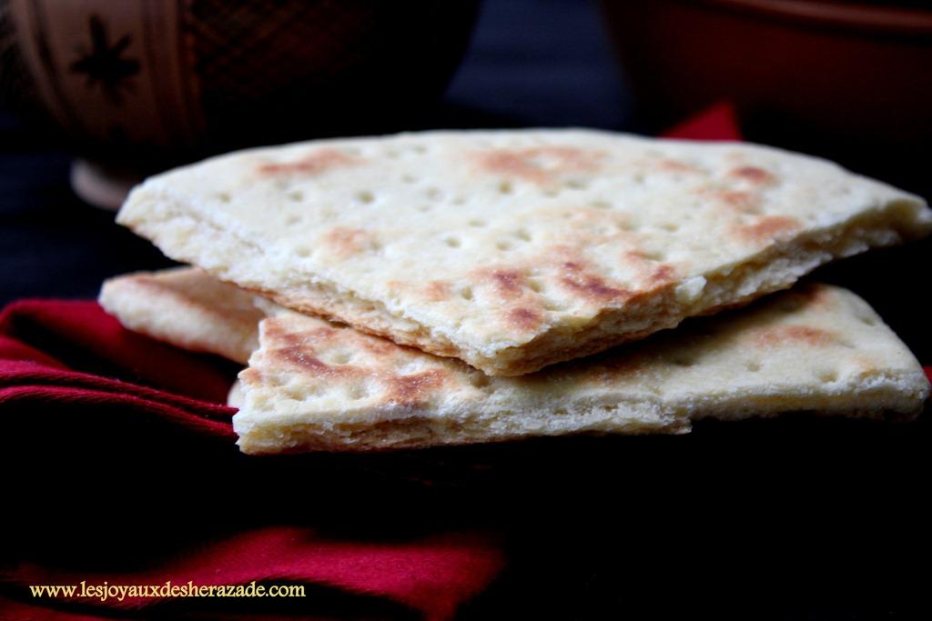 pain-algerien-aghroum-galette-kabyle_2