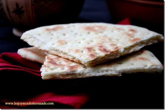 pain algerien, aghroum galette kabyle