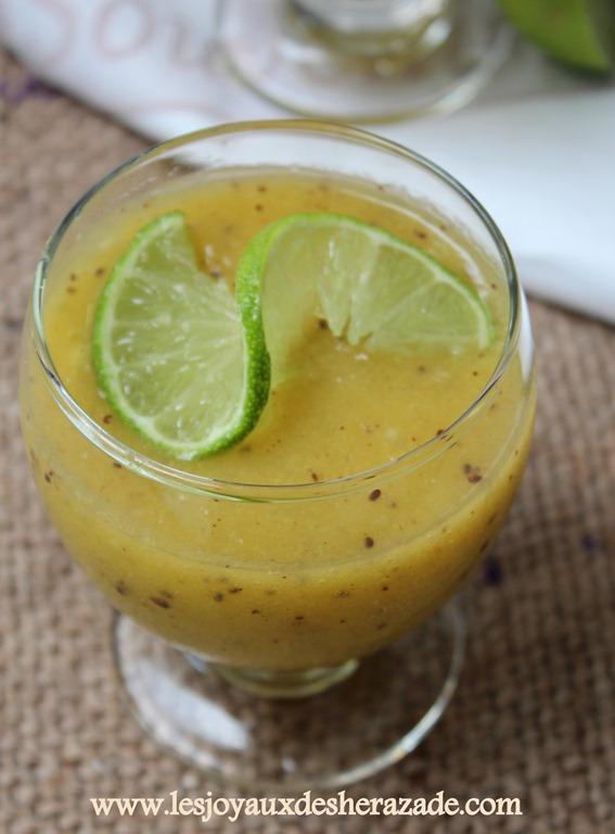 recette-de-smoothie-banane-poire-et-kiwi_2