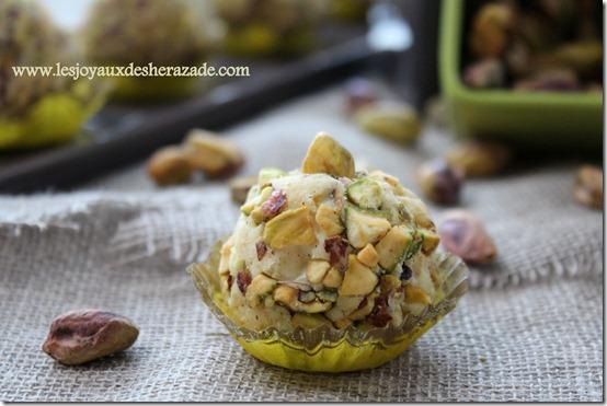 recette de truffes au chocolat et aux pistaches