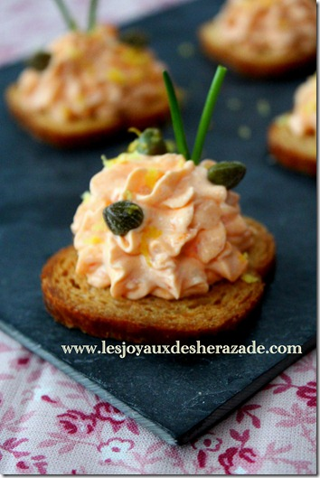 recette de toast apéritif facile au saumon fumé