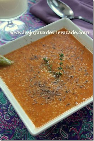 soupe d'orge à la tchicha et zaatar