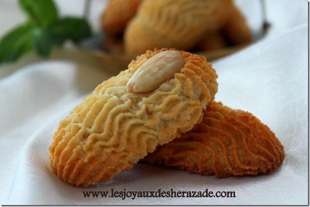gateau-sec-aux-amandes-gateau-algerien_2