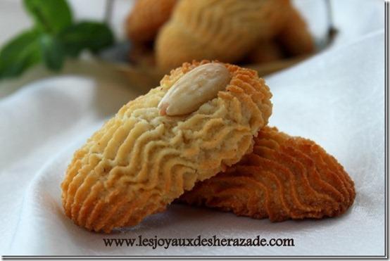 gateau-sec-aux-amandes-gateau-algerien_thumb