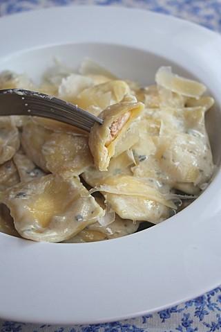 recette-de-ravioli-maison-saumon-fromage