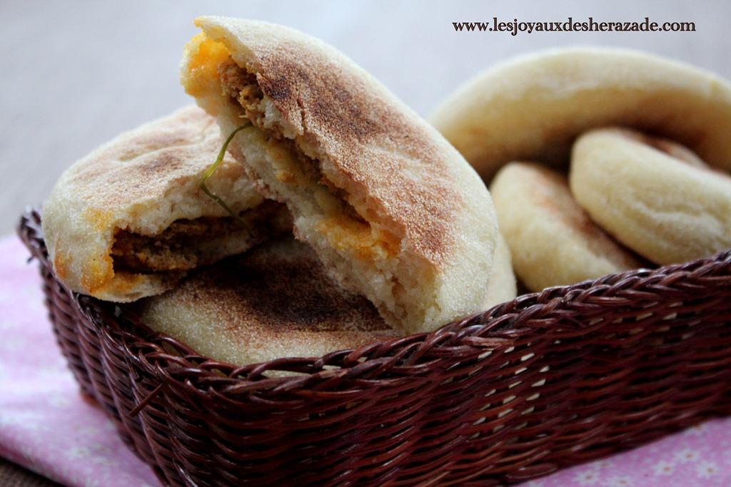 recette-marocaine-batbouts-farcis-kefta_5