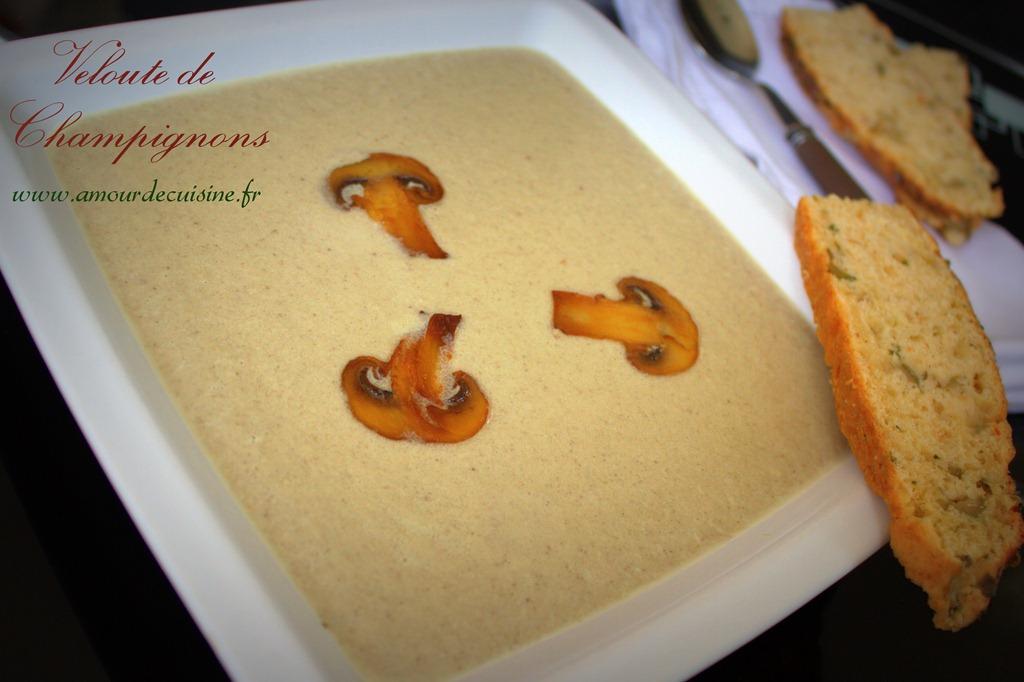 creme-aux-champignons-veloute-de-chmapignons-soupe-de-chm1