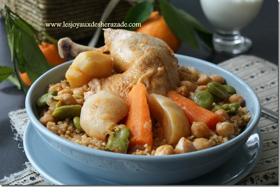 http://www.lesjoyauxdesherazade.com/wp-content/uploads/2013/03/cuisine-tunisienne_thumb2.jpg