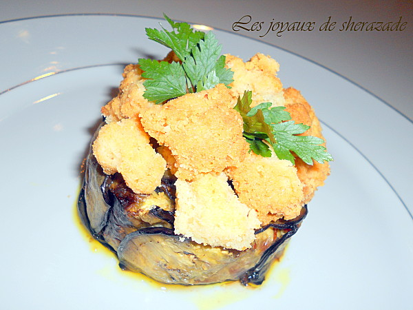 Charlotte à l'aubergine, crumble de vieux parmesan