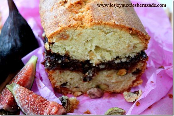 Cake moelleux aux figues et dattes