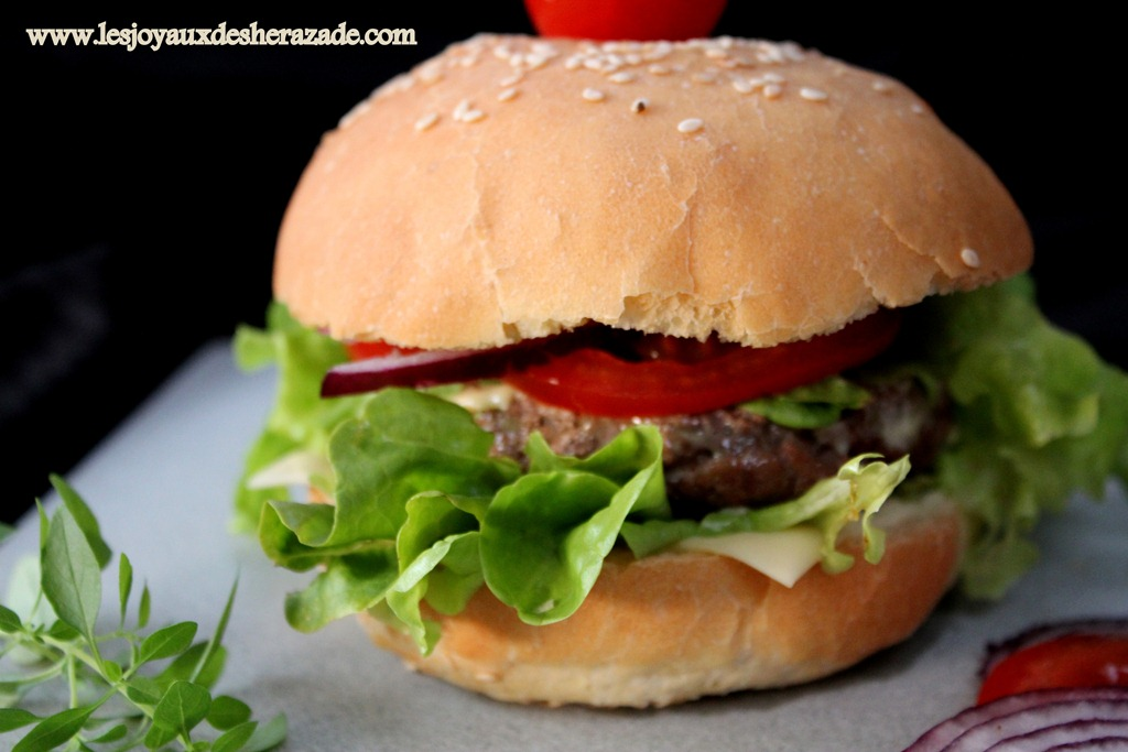Pain hamburger maison - Recette hamburger maison ...