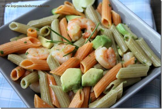 Salade de pâtes à l'avocat et aux crevettes