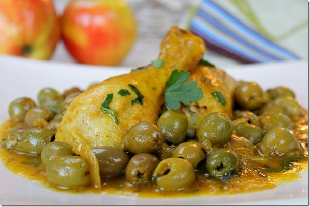 Poulet aux olives دجاج بالزيتون