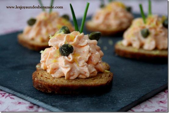 Toast apéritif / crème au saumon fumé