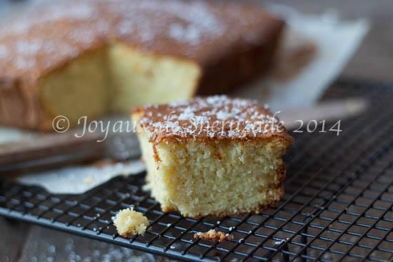 Gâteau sans gluten à la noix de coco extra fondant