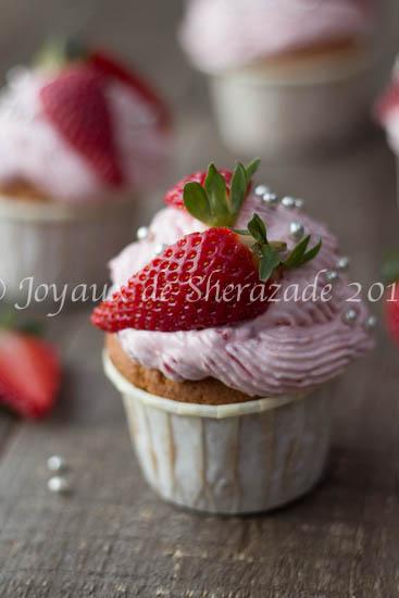 Cupcakes à la vanille et fraises