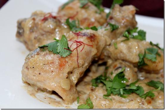 poulet balti à la sauce au safran