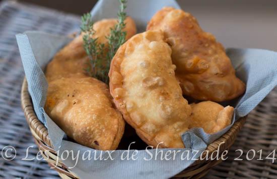 Boureks laadjine à la dinde / Empanadas à la dinde