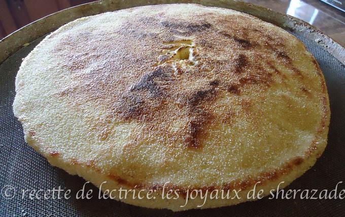 matlouh pain algérien au tajine