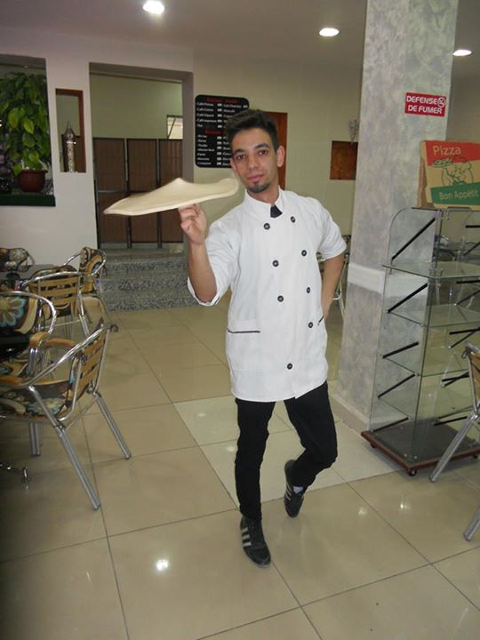 Wahabe, pizzaiolo, pizza acrobatique