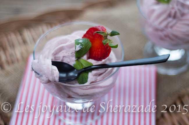 mousse aux fraises légères