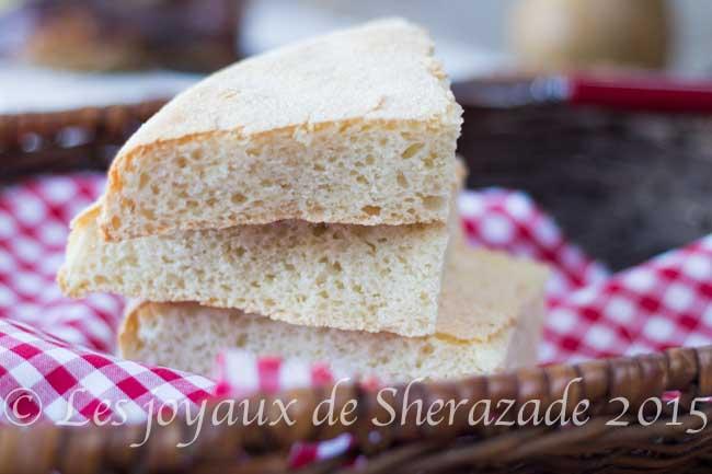 Matlouh el koucha, pain algérien au four