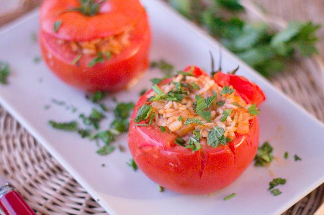 Tomates farcies au four, recette crétoise