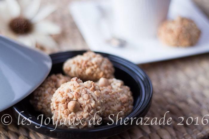 Mchewek aux cacahuètes, gâteau algérien