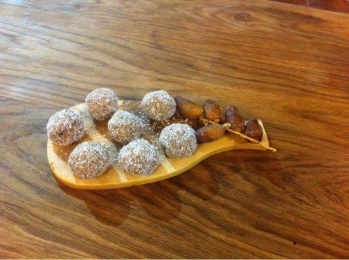 Boulettes aux Dattes, Orange et Noix de Coco, Lamset Chahzarad