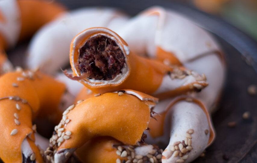 Corne de gazelle aux dattes – Gâteau algérien au miel