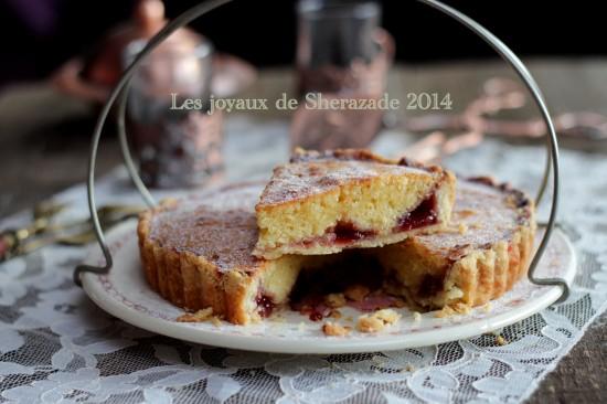 tarte-aux-amandes-et-à-la-confiture-5